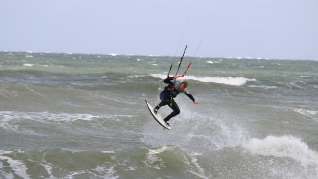 Maximilian Schiergens shared his LTS vision ripping Vrouwenpolder and Neeltje Jan in the Netherlands.